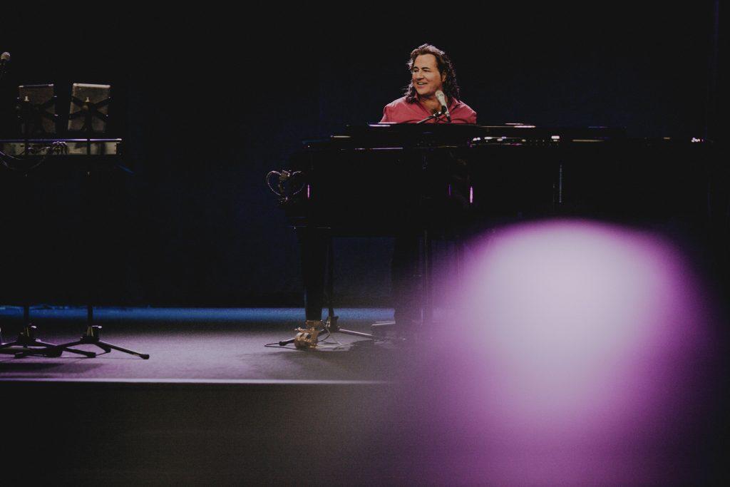 Kim Piano Smile
