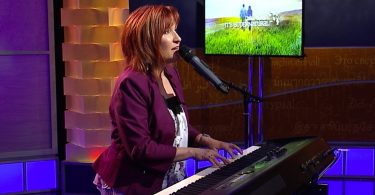 How To Sing Into Your Breakthrough